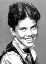 200px-Erin Moran Joanie Cunningham 1976