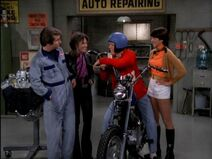 Happy Days 5x18 - Richie Almost Dies - Richie on his motorbike