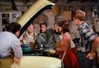 Happy Days episode 2x12 - Fonzie repairs the girls car