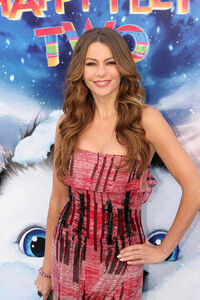 Sofia-Vergara-happy-feet2-premiere3