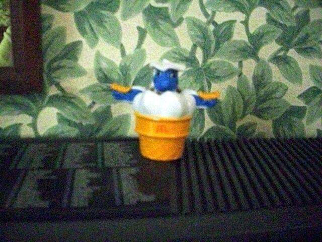 File:McDino Cone-A-Saurus toy.jpg