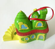 Wendys Grinch Whoville ornament front