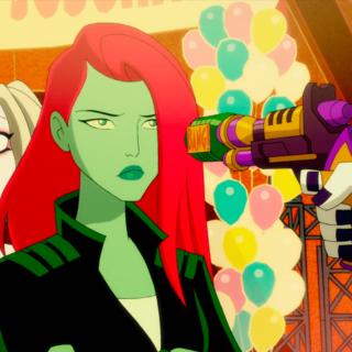 Ivy defends Harley from the Joker