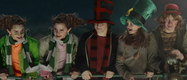 File:Willa, Hermione, Harry, Ginny and Ron at the quidditch world cup.jpg