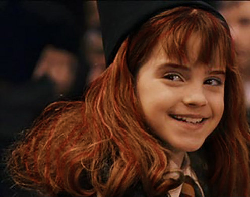 File:Willa smiling at Hermione.jpg