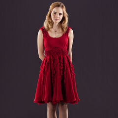 Гермиона в выходном платье