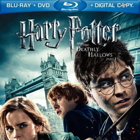 Обложка Blu-Ray и DVD издания