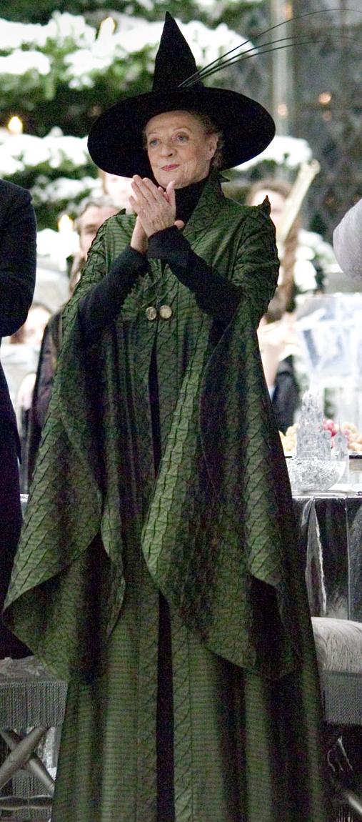 Minerva McGonagall\'s dress robes | Harry Potter Wiki | FANDOM ...