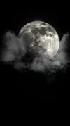 Lune et nuage