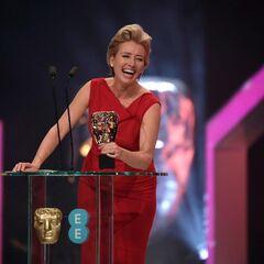 Эмма на премии BAFTA (январь 2014)