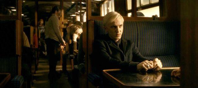 Fișier:Harry-potter-half-blood-movie-screencaps.com-2897.jpg