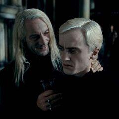От Драко требуют признать Гарри Поттера