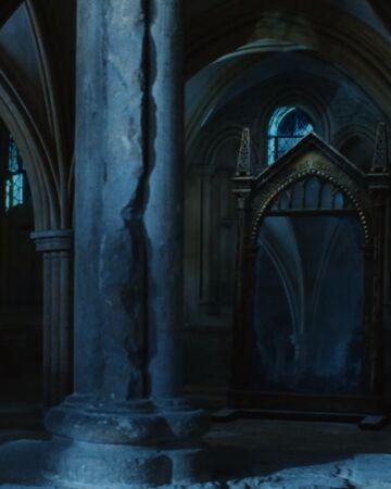 Mirror of Erised | Harry Potter Wiki | Fandom