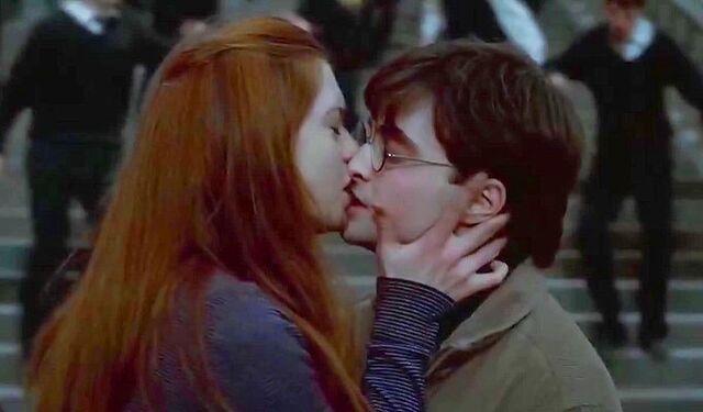 File:Ginny-harry.jpg