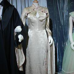 Платье Чжоу для Святочного бала