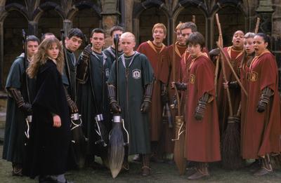 Quidditch (Slytherin & Gryffindor)