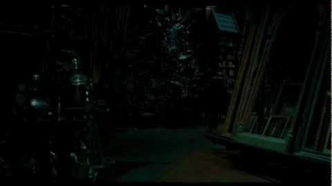 "Funny Weasley Scene 68 ""That's my girlfriend, you numptie!"""