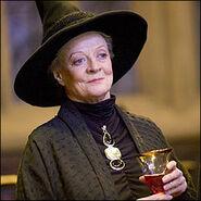 McGonagall.jpg dumbeldore aklankgkag