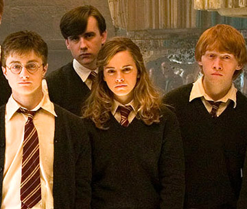 File:Harry Potter with Friends.jpg