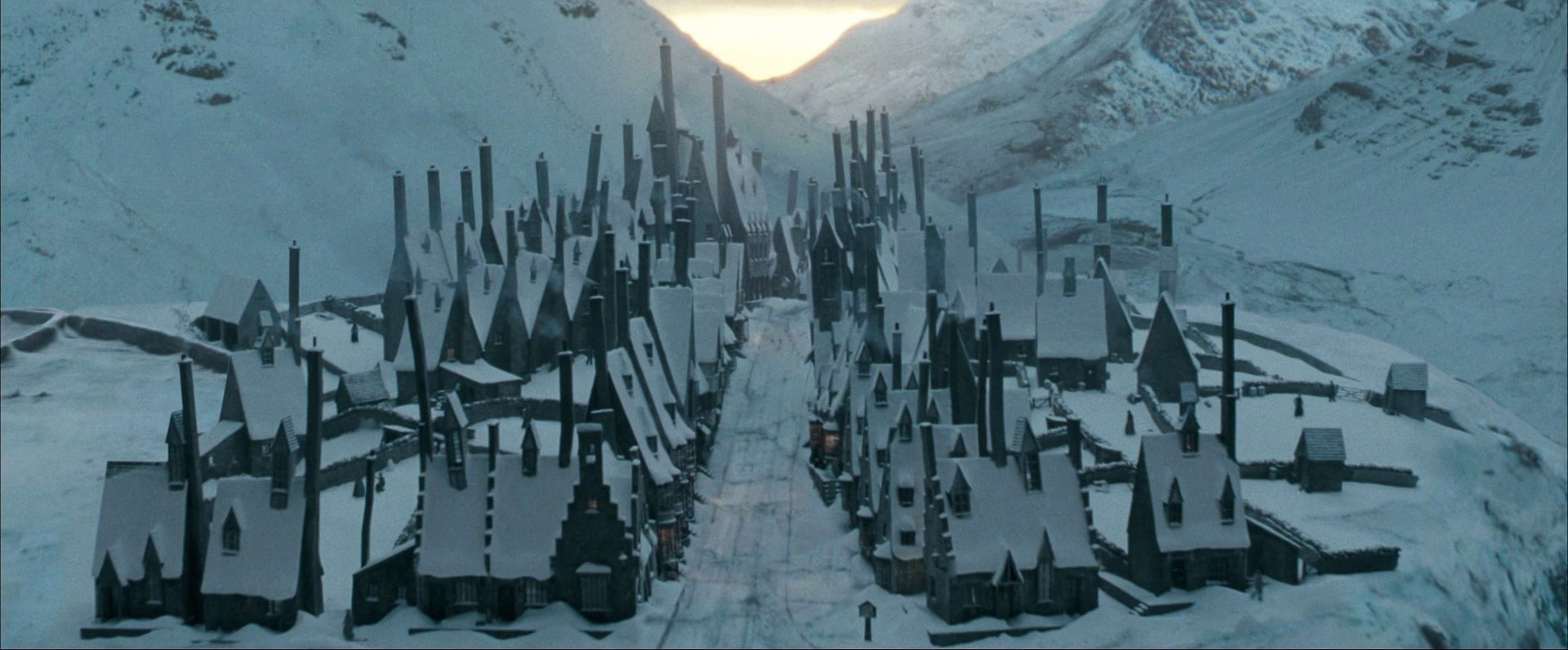 Order-of-the-phoenix-Hogsmeade