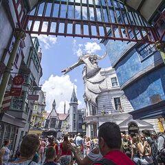 Открытие Косого переулка в «Волшебном мире Гарри Поттера»