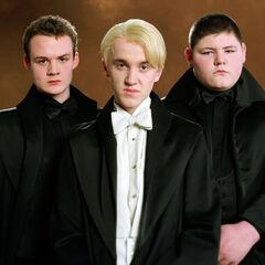 Слева направо: Гойл, Малфой, Крэбб