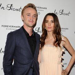 Том со своей возлюбленной