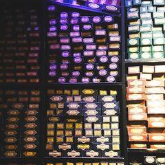 Коробочки с волшебными палочками