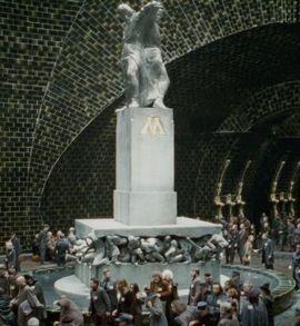 Estátua Magia é Poder