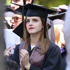 Эмма Уотсон стала выпускницей Университета Брауна 25.05.2014