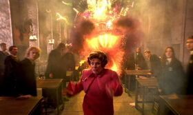 Umbridge-cause-by-WeasleyTwins-Fireworks