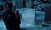 Tombe de James et Lily Potter