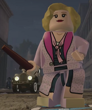 LegoQueenieGoldstien2015