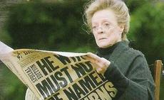 McGonagall lendo o Profeta Diário