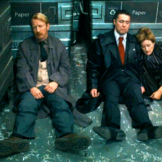 Работники Министерства без сознания