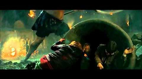 Battle of Hogwarts Scene Deathly Hallows Part 2