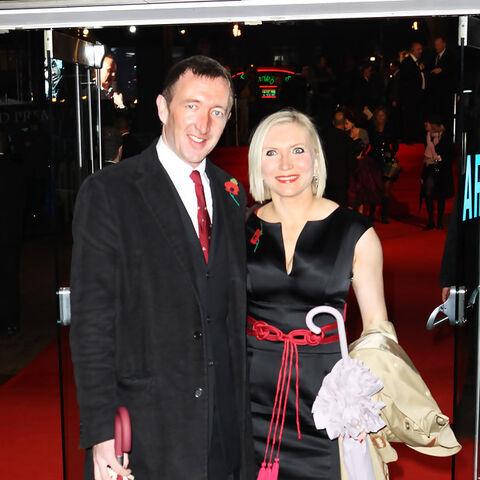 Ральф с супругой на премьере