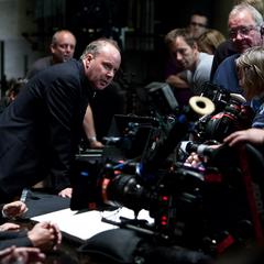 Дэвид Йейтс на съёмке встречи Пожирателей в Поместье Малфоев