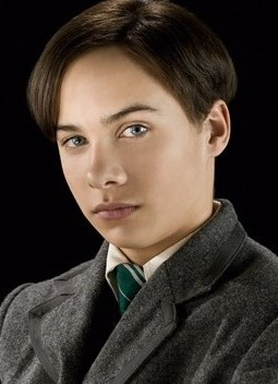 File:Tom Marvolo Riddle (HBP promo) 1.jpg