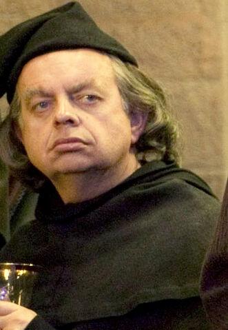 File:Unidentified male Hogwarts employee (XIV).jpg
