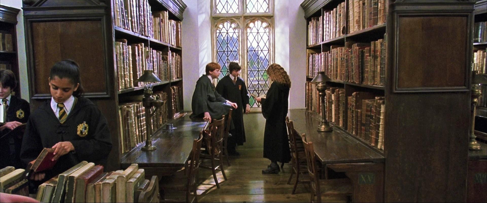 Hogwarts Library Harry Potter Wiki Fandom