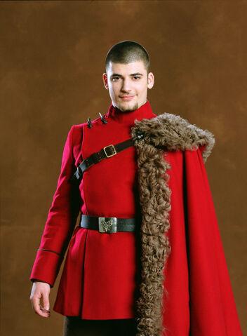 File:Stanislav Ianevski as Viktor Krum (GoF-promo-04).jpg