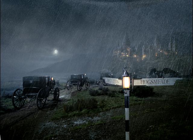File:HogwartsCastleAndHorselessCarriages.png