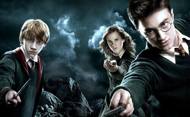 Berkas:Harry-Potter-Wizarding-World-Weekly.jpg