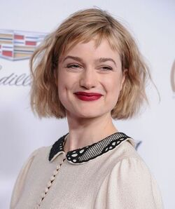 Alison-sudol-at-producers-guild-awards-2018-in-beverly-hills-7-1-