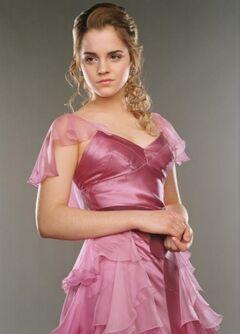 Hermione yule ball