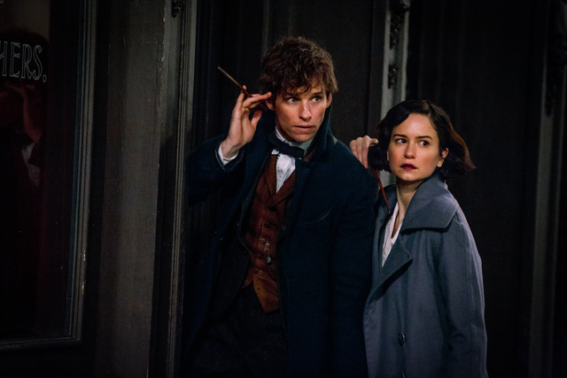 File:Newt and Tina with wands drawn.png