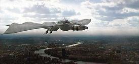 Украинский железнобрюхий дракон Побег из Гринготтс Темза Лондон