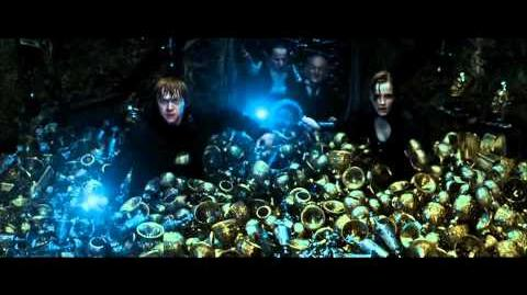 Harry Potter and the Deahtly Hallows part 2 - inside Belatrix's vault (HD)