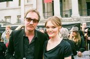 1000px-David Thewlis and Hebe Beardsall